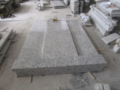 Light Grey G439 Granite Monuments For Wholesale