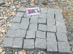Good Quality Grey Granite G654 Cube Stone Natural Finish Way