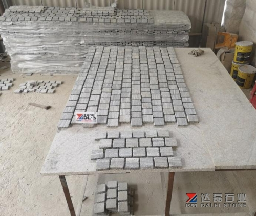 Natural Landscape grey granite Cube Stone Wholesale